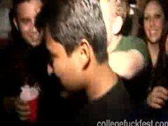 Gruppensex auf der College Party